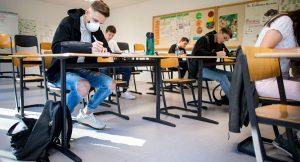Escuelas del Distrito Escolar de Kennewick reabren sus puertas para aprendizaje en persona